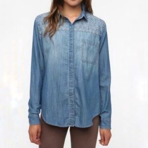 Staring at Stars | Embroidered Chambray Shirt | M